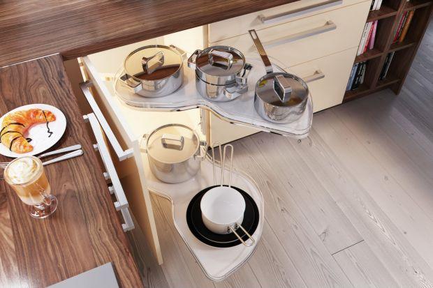Przestrzeń kuchni powinna być urządzona ergonomicznie i funkcjonalnie. Pomysły na rozmieszczenie poszczególnych artykułów są proste i każdy może z nich skorzystać.