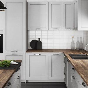 """Meble """"Austin"""" w kolorze szarej satyny podkreślą urokliwy charakter kuchni. Fot. Classen"""