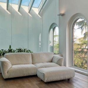 "Sofa ""Grande Soffice"" marki Edra. Projekt: Francesco Binfarè. Fot. Edra"