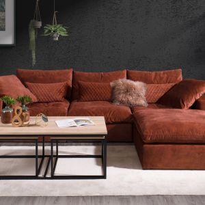 """Ruchome poduszki na siedzisku i oparciu, zastosowane w sofie """"Lazy"""" firmy Nordic Line, gwarantują doskonały komfort. Fot. Dobrydesign.pl"""