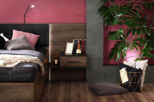 Oprócz łóżka i dużej szafy garderobianej, wystrój sypialni niekiedy uzupełniają komody, szafki nocne i toaletki. Wbrew pozorom meble przez wielu uważane za pomocnicze trafiają nie tylko do wnętrz o ponadprzeciętnym metrażu.