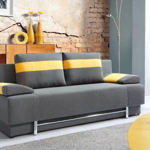 """Kompaktowa sofa """"Bursa"""" z oferty firmy PMW posiada funkcję spania oraz wy-godne w obsłudze wspomagania otwierania. Fot. PMW"""