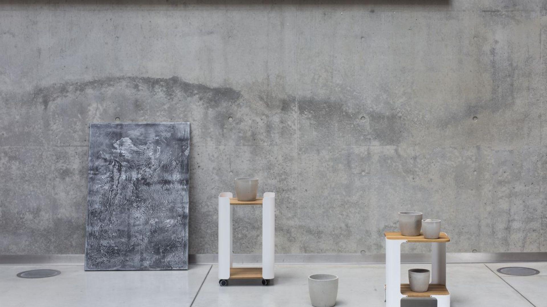 Stoliki z kolekcji
