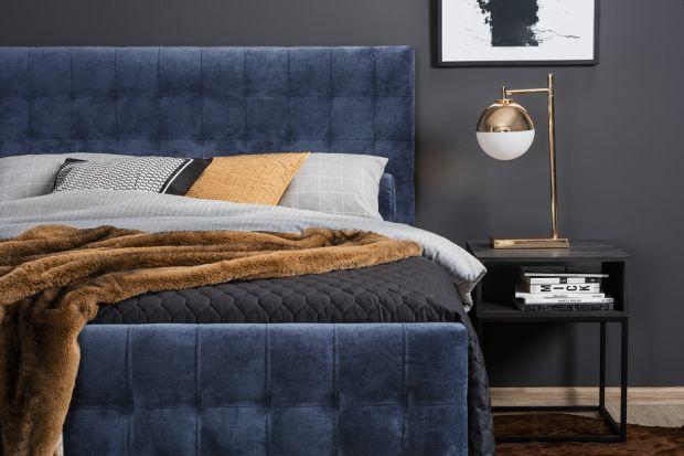 Przytulna sypialnia to doskonałe miejsce na jesienne i zimowe wieczory. Nigdzie tak dobrze nie czyta się ulubionych książek ani nie ogląda pasjonujących seriali. Radzimy, jak ją dopasować do aktualnej pory roku.