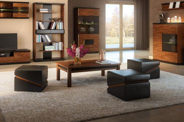 Funkcjonalne pufy i stołki w salonie i sypialni