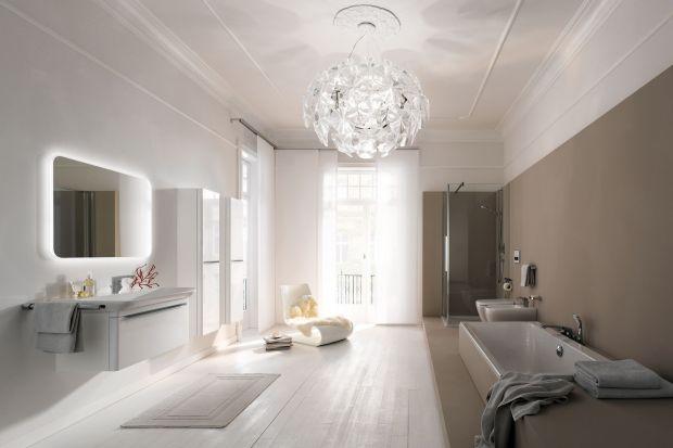 Nowoczesne oświetlenie łazienki umożliwiają diody LED, które nie tylko zdobią, ale też pozwalają oszczędzać. Niższe rachunki za prąd to jedna z zalet oświetlenia LED. Diody są też bezpieczne dla środowiska.