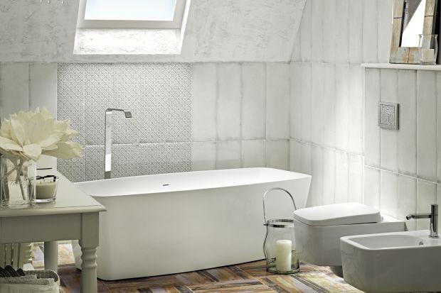 Biel to kolor ponadczasowy i klasyczny – można do niej dopasować elementy we wszystkich kolorach. Optyczne powiększenie łazienki jeszcze nigdy nie było tak proste – wystarczą białe ściany lub meble.