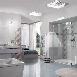 Kolekcja łazienkowa marki Kaldewei Conoduo Conoflat oraz jasne dekoracje dodają wnętrzu elegancji. Fot. Kaldewei