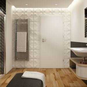 Łazienkę wyposażono elementami kolekcji Ravak Praktik, uroku wnętrzu dodaje ponadczasowa biel. Fot. Ravak