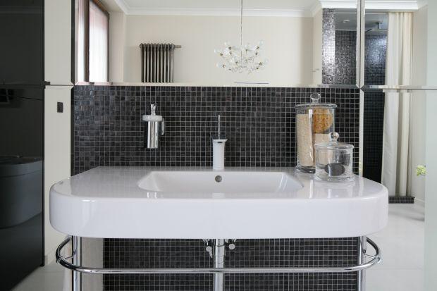 Salon kąpielowy w bieli: piękne wnętrze w stylu art déco