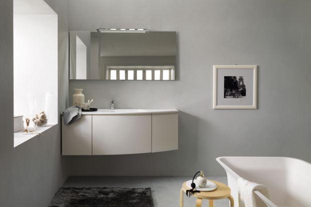 Niezależnie, w jakim stylu urządzamy wnętrze, dekoracje łazienki zawsze są mile widziane. Na ścianach warto zawiesić więc piękne zdjęcia lub obrazki w ramkach.
