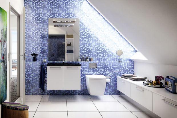 Łazienka pod skosem dachowym: tak możesz ją urządzić