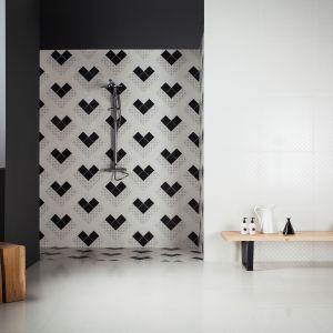 Kolekcja Deco Dantan to targowa propozycja marki Atelier Tagina. W skład czarno-białej kolekcji płytek wchodzi także oryginalny dekor z geometrycznym wzorem. Fot. Deco Dantan