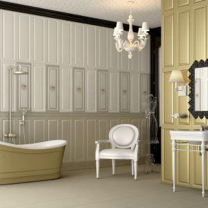 Seria płytek do łazienki Aparici Legacy w kolorze złota pięknie komponuje się z wanną o tej samej barwie. Fot. Aparici