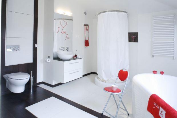 Białe łazienki – tak urządzają je polscy architekci