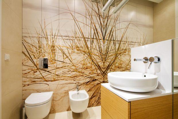 Fototapeta to prosty i niezwykle skuteczny sposób na to, aby ozdobić łazienkę, a wnętrze uczynić wyjątkowym i jedynym w swoim rodzaju.
