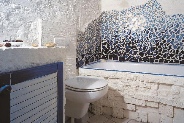 Łazienka w morskim klimacie. Pomysł na tani remont