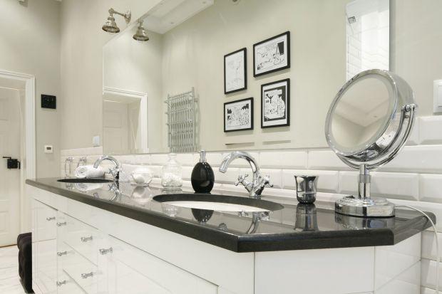 Naturalny kamień jest materiałem nie tylko trwałym, ale i ponadczasowym. Nie wychodzi z mody, a jakiego niepowtarzalnyrysunek sprawia, że łazienka nabiera charakteru.