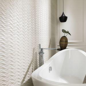 Ze wzorem jak utworzynym na piasku przez morskie fale - płytki ceramiczne Newport Island marki Venis. Fot. Venis