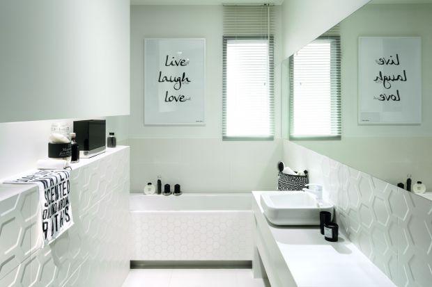 Będą idealną okładziną zarówno ścian, jak i podłogi. Od lat płytki w bieli rządzą w polskich łazienkach, zdobiąc aranżację i dodając eleganckiego, ponadczasowego charakteru.