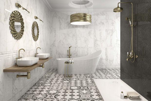 Patchwork na podłodze to nowy trend w łazienkach. To wzór, który ma moc kreowania atmosfery przytulności. Pasuje do wnętrz w każdym stylu.