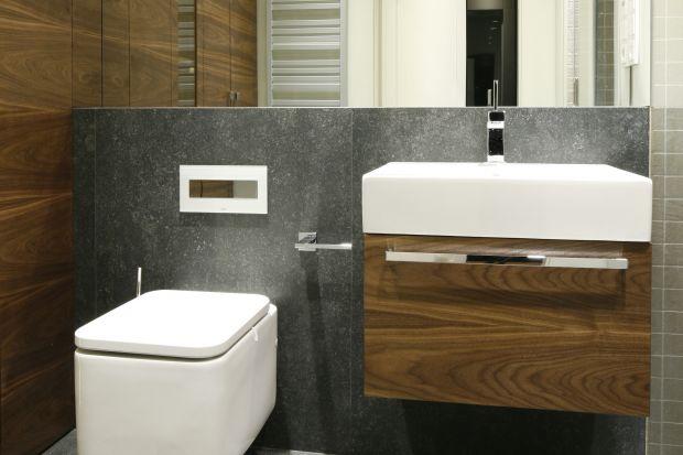 Mała łazienka – gotowy projekt z zabudową pralki