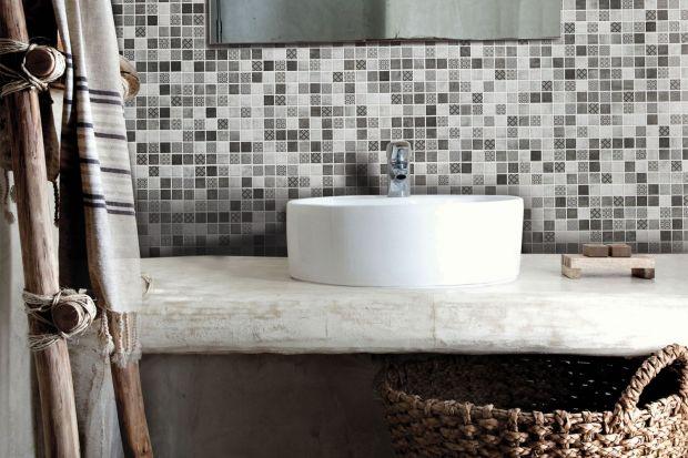 Mozaika to jeden z najpopularniejszych sposobów udekorowania ściany w łazience. Zobaczcie piękne przykłady od producentów płytek.