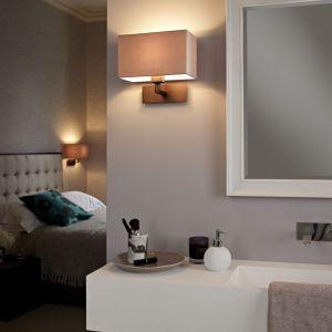 Łącząc łazienkę z sypialnią postawmy na lampy w tej samej stylistyce. Fot. Aurora Technika Świetlna/Astro Lighting