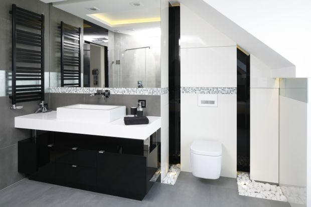 Meble na wysoki połysk to rozwiązanie wręcz idealne do łazienek. Przekonajcie się sami!