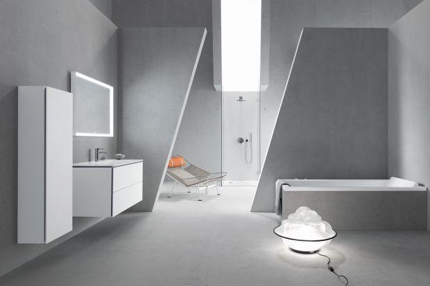 W dobie mody na beton we wnętrzach, łazienka urządzona w tym materiale to idealny pomysł. Zwłaszcza, jeżeli skomponujemy go z nowoczesną ceramiką.