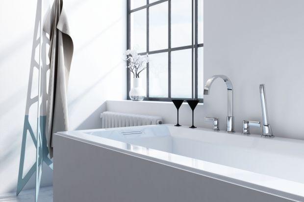 Mimo rosnącej popularności kabin prysznicowych, wielu z nas wciąż decyduje się na wannę. Zobaczcie, jaką dobrać do niej armaturę.
