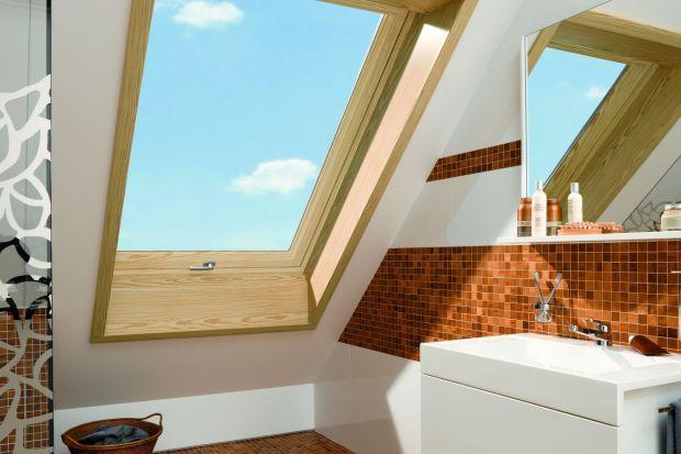 W polskich domach łazienkę często urządza się na poddaszu.Sekret udanej adaptacji wnętrz pod skosami kryje się we właściwie zaprojektowanej wnęce okiennej.