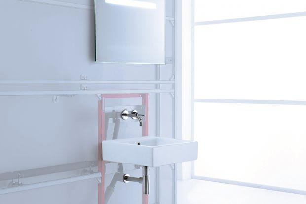 Montaż sanitariatów i umywalek na stelażu podtynkowym to coraz popularniejsze rozwiązanie. Ekspert radzi, na co zwracać uwagę.