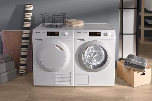 Nowoczesny panel sterowania, atrakcyjny design oraz rewolucyjne funkcje to główne wyróżniki nowych pralek isuszarek niemieckiego producenta.