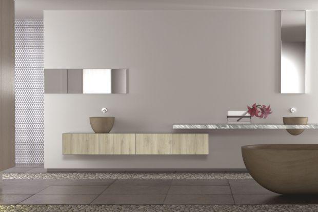 Fronty łazienkowe: postaw na naturalny rysunek drewna