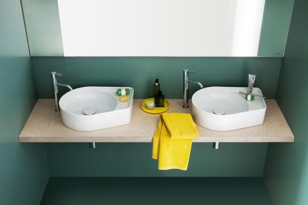Proste linie i bardzo wąskie krawędzie to cechy eleganckiej, nowoczesnej kolekcji łazienkowej wykonanej z innowacyjnego materiału. Zobaczcie, jak się prezentuje!