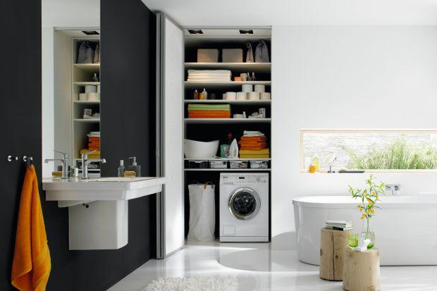 Pięknie pachnące proszki, płyny, które pomogą rozprostować tkaniny podczas prasowana, a do tego sprytne i kolorowe gadżety. Domowa pralnia może być naprawdę przyjemnym miejscem.