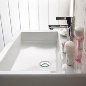 Umywalka z serii Twins marki Koło. Fot. Koło