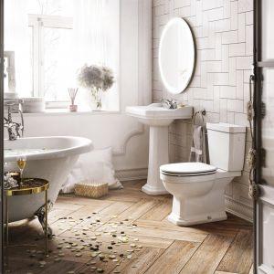 Aranżacja łazienki w stylu klasycznym z ceramiką sanitarną z kolekcji Carmen. Fot. Roca