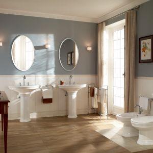 Aranżacja łazienki w stylu klasycznym z kolekcją łazienkową Amadea. Fot. Villeroy&Boch
