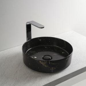 Umywalka w wykończeniu Nero Marquinia. Fot. Cielo
