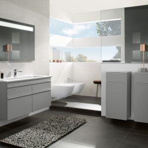 Szare meble łazienkowe z kolekcji Venticello marki Villeroy & Boch. Fot. Villeroy & Boch
