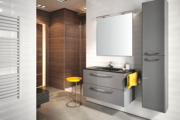 Jeżeli chcemy dodać naszej łazience lekkości i powiększyć ją optycznie świetnym rozwiązaniem będą meble na wysoki połysk.