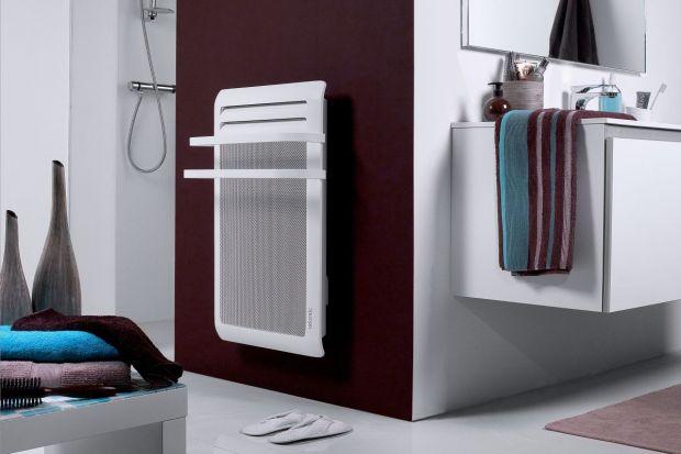 Ze względu na wilgoć łazienkę wietrzymy dosyć często. Jednak wtedy praca grzejnika elektrycznego pochłania niepotrzebne kilowaty energii.