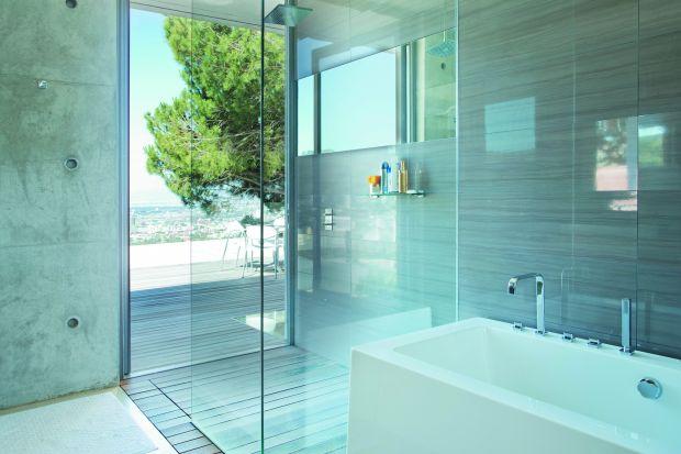 Funkcjonalna i piękna: kabina prysznicowa z antykorozyjnym szkłem