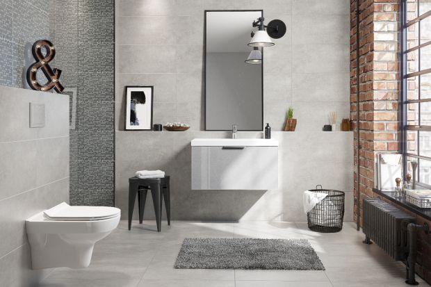 Szary kolor to zdecydowanie jeden z najpopularniejszych wyborów do łazienek w polskich domach. Podobnie jak płytki ceramiczne są najpopularniejszym materiałem. Jak wypadają razem?