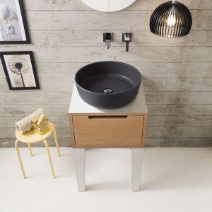 Czarna umywalka z serii Mizu marki Scarabeo Ceramiche. Fot. Scarabeo Ceramiche