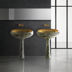 Wolno stojące umywalki z serii Gong zainspirowanej tybetańskimi dzwonami marki Kreoo. Fot. Kreoo