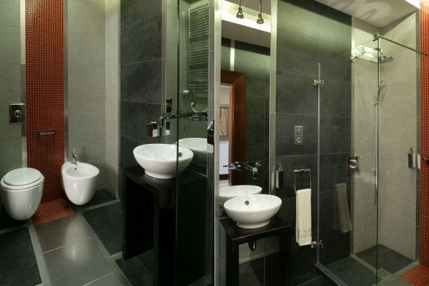 W jaki sposób urządzić i gdzie najlepiej zaplanować łazienkę dla gości, aby była i piękna, i funkcjonalna?