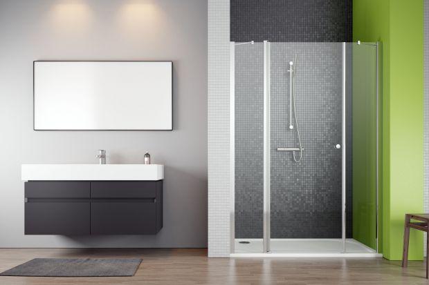 Wnękę łazienkową można wykorzystać na urządzenie strefy prysznica. Zobaczcie modele kabin dedykowane do takich przestrzeni.
